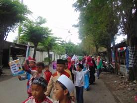 Pawai Taaruf Rumah Cerdas Islami Jombang dalam rangka Peringatan Isra Miraj 2016 (200)