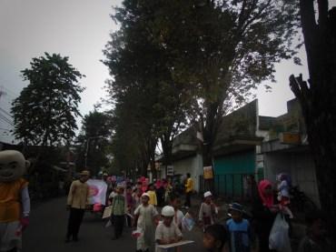 Pawai Taaruf Rumah Cerdas Islami Jombang dalam rangka Peringatan Isra Miraj 2016 (207)