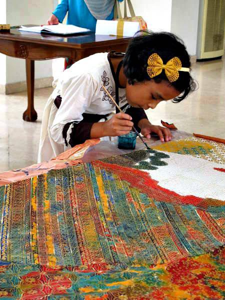 Tata-painting-batik1