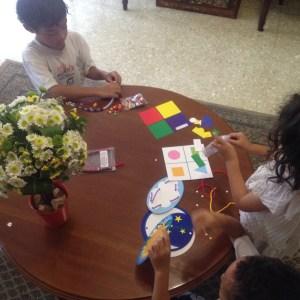 anak-anak-bermain-busy-bag