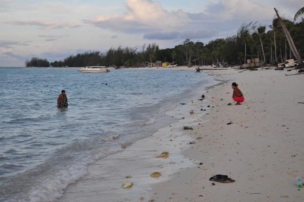 Mandi laut selepas bersunat