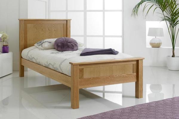 Ranjang Tidur Jati Klasik Capri Single