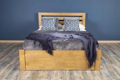 Tempat Tidur Modern Goodwood King