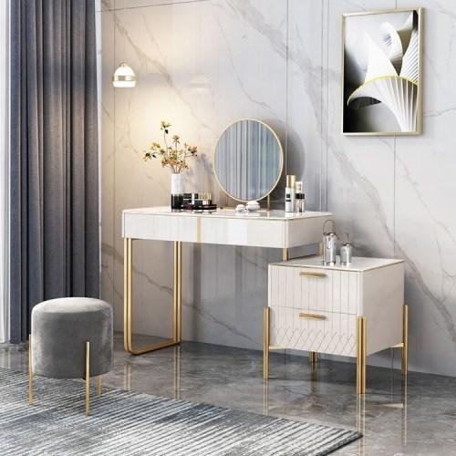 Meja Rias Minimalis Putih Goguen