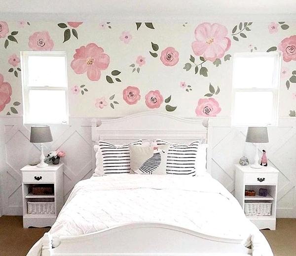 Kamar Tidur Anak Perempuan Putih