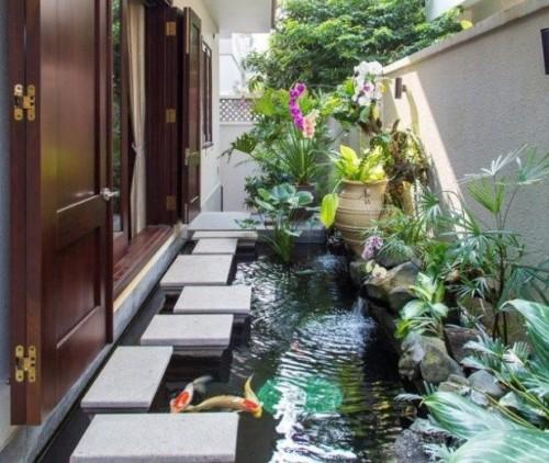Kolam Ikan Kecil di Teras Depan Rumah 19 - Inspirasi Gaya Taman Minimalis dari Berbagai Belahan Dunia