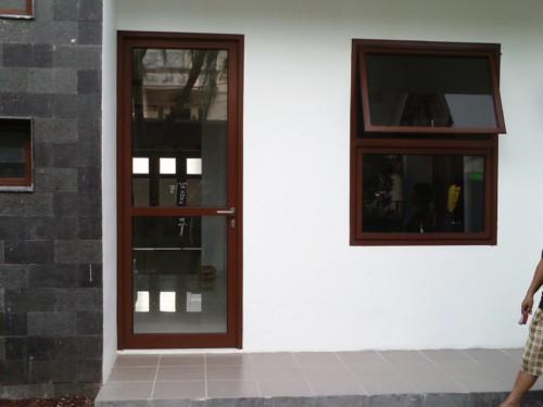 Kusen Pintu Aluminium Minimalis 9 - Tips Memilih Pintu Rumah Minimalis & 50++ Contoh Desain.
