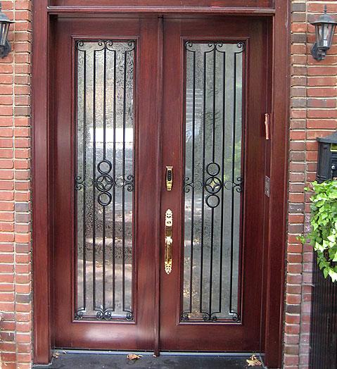 Gambar Teralis Pintu Minimalis Modern 18 - Tips Memilih Pintu Rumah Minimalis & 50++ Contoh Desain.