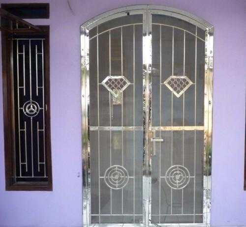 Gambar Teralis Pintu Minimalis Modern 7 - 22 Gambar Teralis Pintu Minimalis Rumah Modern 2018