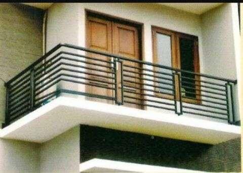 Model Balkon Minimalis Modern Lantai 2 2 - 15 Model Balkon Minimalis Modern Lantai 2 di Rumah Tingkat