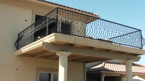 Model Balkon Minimalis Modern Lantai 2 4 - 15 Model Balkon Minimalis Modern Lantai 2 di Rumah Tingkat