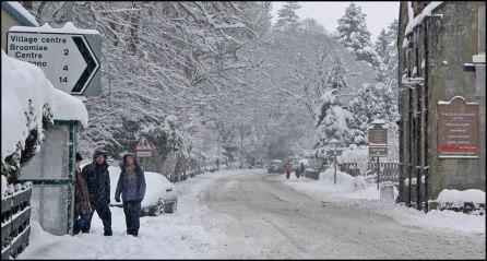 A702-road-snow-2009
