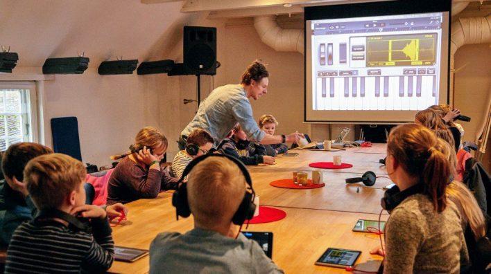 Rumkraft underviser i elektronisk musik på iPad i Flensborg
