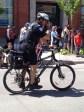 Seu polícia também usa bike