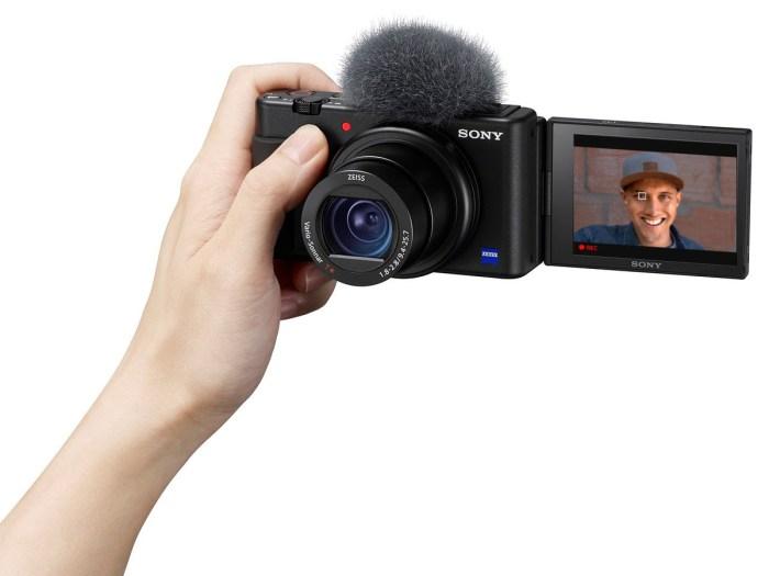 Sony Rilis Kamera Sony ZV-1 Khusus Untuk Vlogger