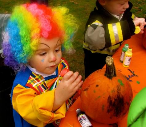 Rumson Halloween 2014 Photo/Elaine Van Develde