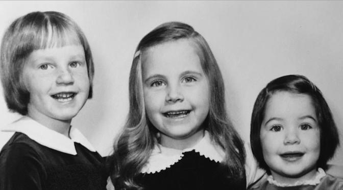 Flashback: Retro R-FH Area Siblings