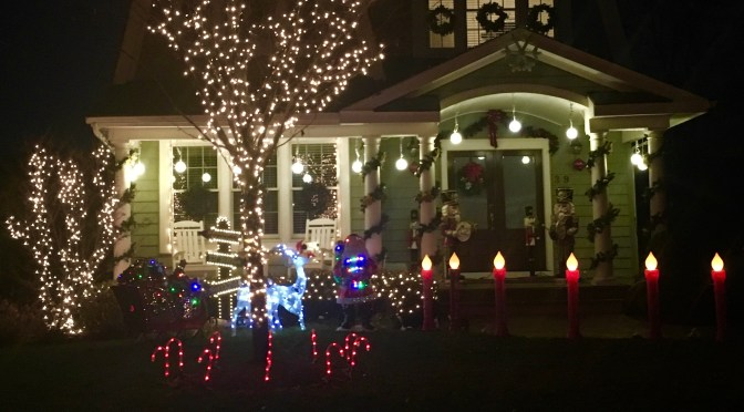 Focus: Fair Haven Holiday House Decoration Winners
