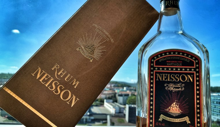 Rhum Nesisson Reseve Speciale with box