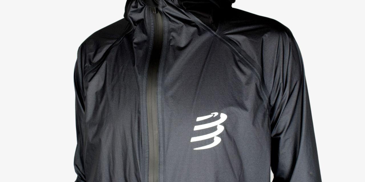 Test veste imperméable Compressport : la Hurricane 25/75. Du très haut de gamme pour vos sorties pluvieuses.