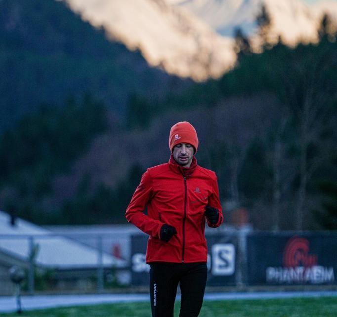 Abandon de Kilian Jornet sur sa tentative des 24 heures; les raisons officielles