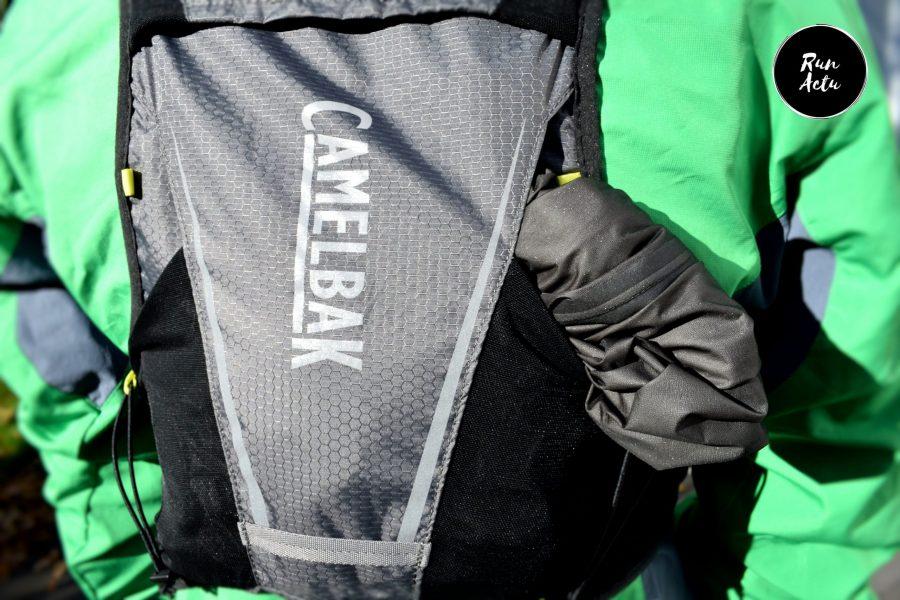 camelbak ultra pro poche derrière