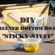 diy screened bottom board sticky-stuff
