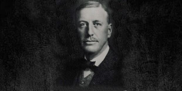 Маркус Конверс, изобретатель кед