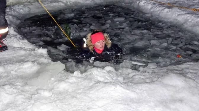 Training for self-rescue from the icy sea