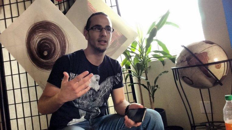 Mehdi giving a talk on Algeria.