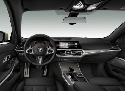BMW M340i 2020 interior
