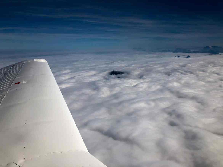 Ist man erst mal über den Wolken, ist das Wetter top.