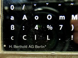 En gåva från tyspnittstillverkaren H.Berthold AG.