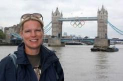 olympic-rings-at-tower-bridge-4