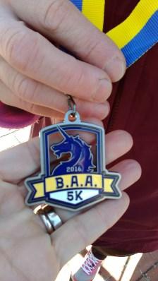 Si vous courez le 5km la médaille est comme ça !