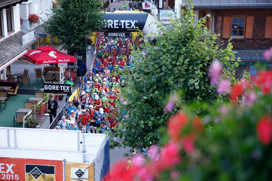 Gore-Tex Transalpine-Run 2015 31.08.15, Tag 03: St. Anton Ð Landeck (AUT) 39.9 km, + 2.019 m / - 2.494 m