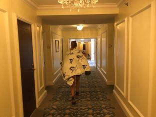 in folie naar de hotelkamer