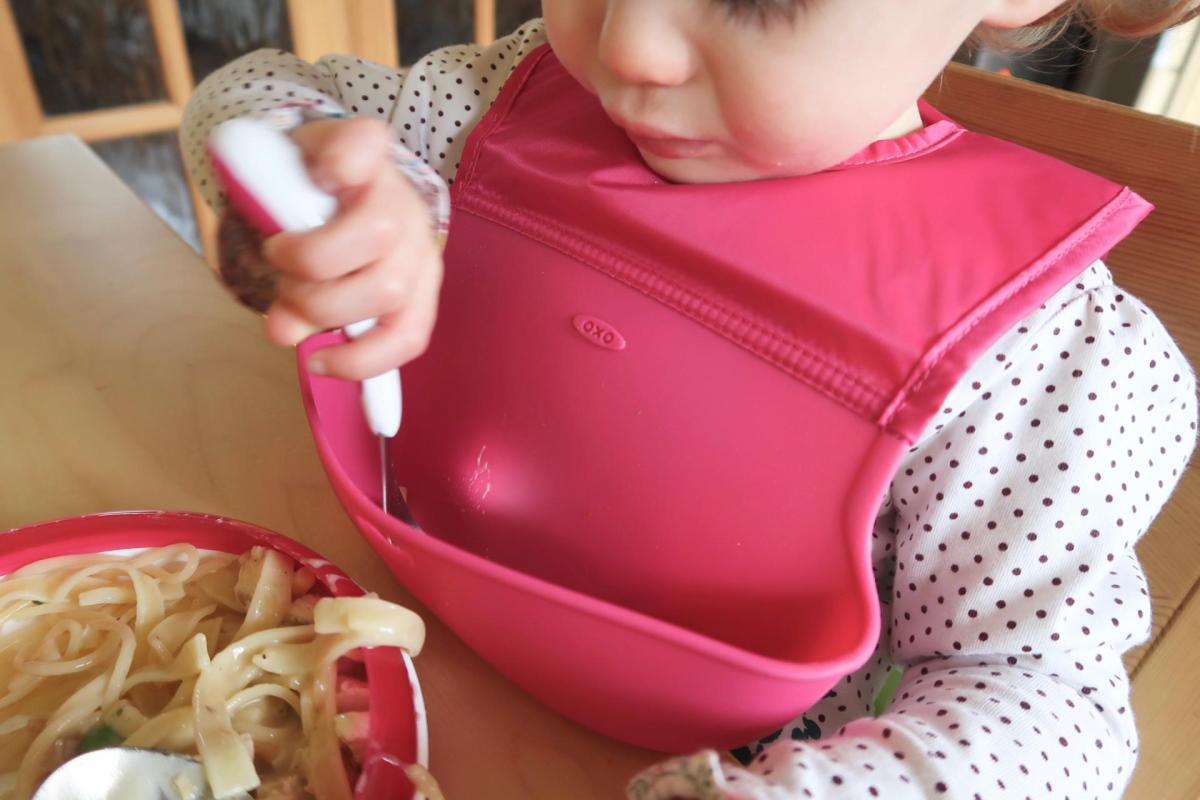 baby using oxo tot products