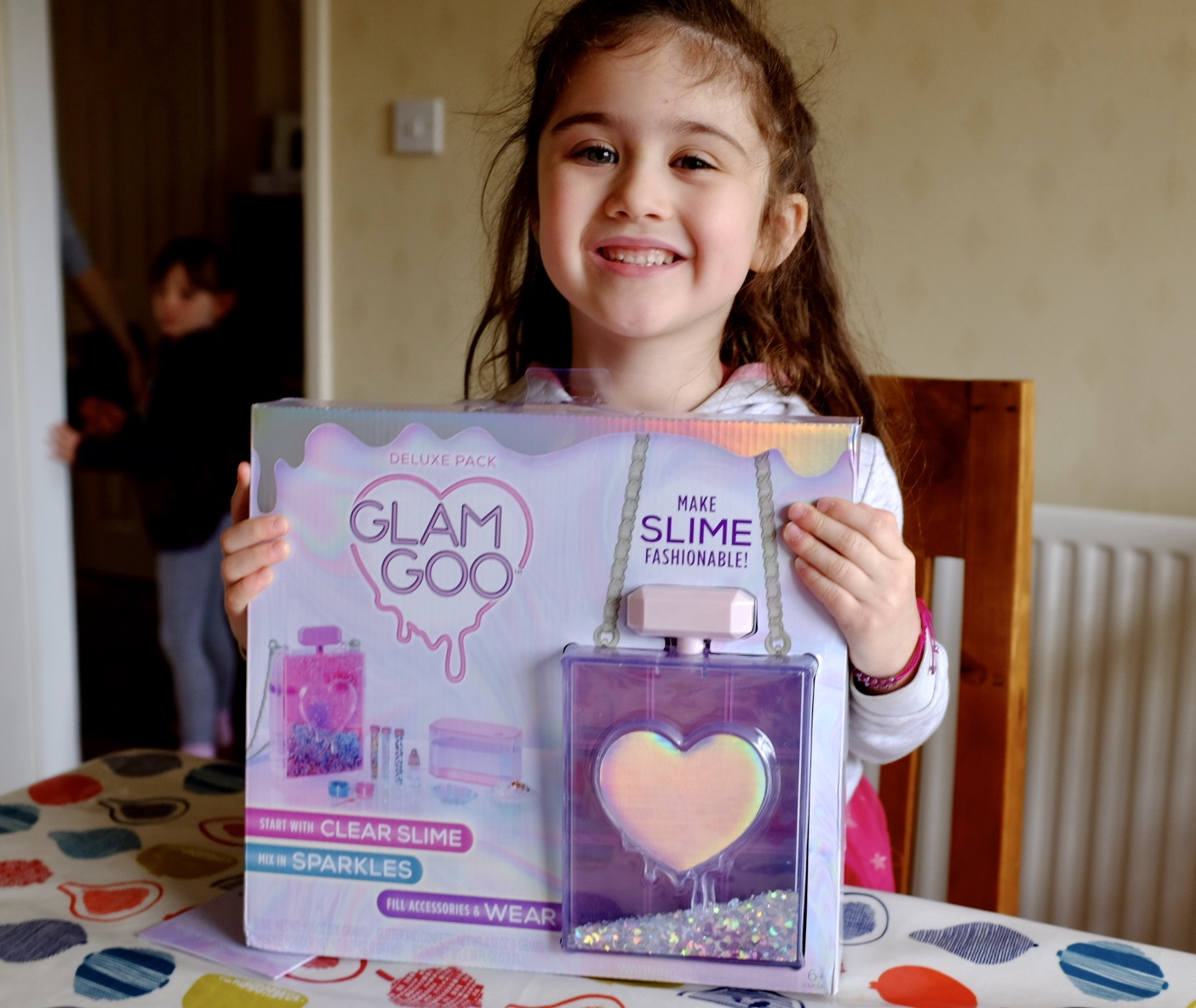 girl with glam goo deluxe kit