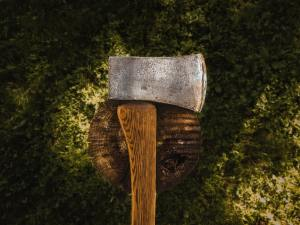 'Sharpening your axe' means sharpening your mind. Those with a marathon mindset understand learning knowledge and new skills is essential for success in life.