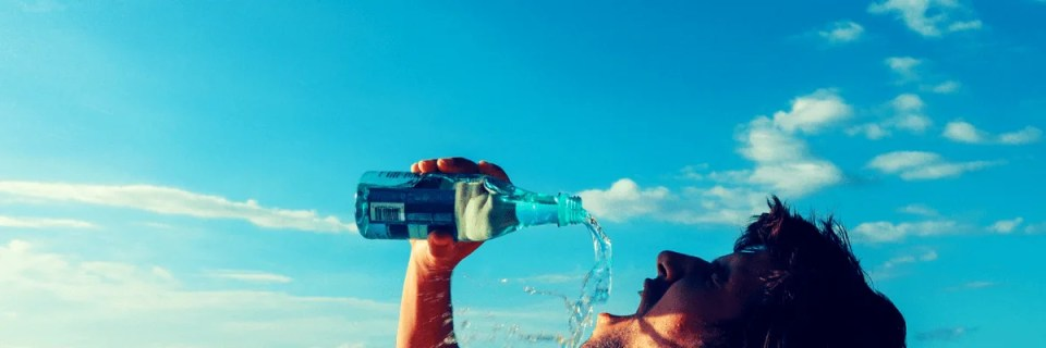 The easy way to drink more water each day. Drinking more water improves your health, mood and motivation.