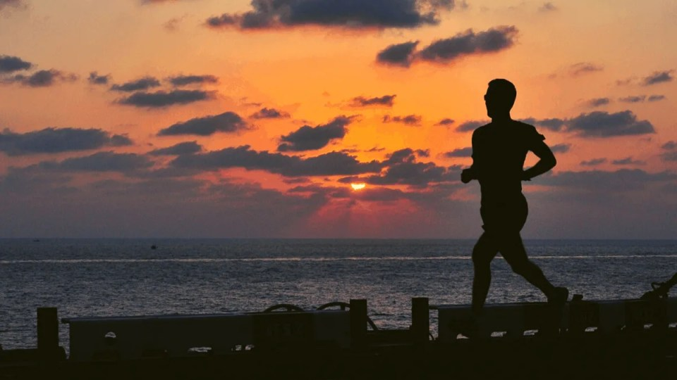 14 Tips for Safely Running in the Dark