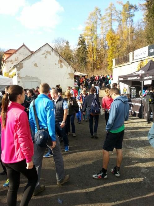 Závod hezky žil - vždyť se letos na trať postavilo okolo 2 500 běžců!