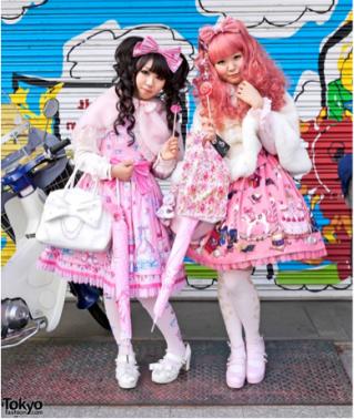 Sweet Lolitas - Tokyofashion.com