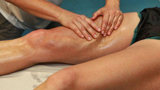 Hardloper massage aan been