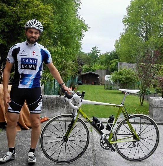 L'homme au vélo … Ici, avec mon ancienne monture.