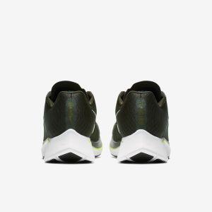 Nike Zoom Fly vue arrière