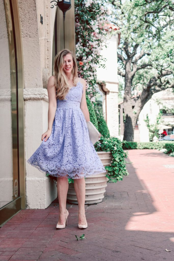 Lace Dress for Summer | Blonde Dallas blogger, Running in Heels wears a purple lavendar lace dress from Chicwish, and Stuart Weitzman pumps and carries a cream Dagne Dover clutch