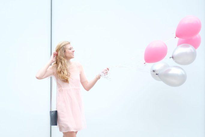 Pink Mesh Dress & 25th Birthday | Running in Heels