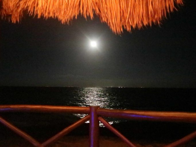 Romantic Beach Dates for your Vacation